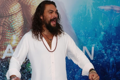 Jason Momoa Is Waiting To Get Some Free Samoas After Girl Scout
